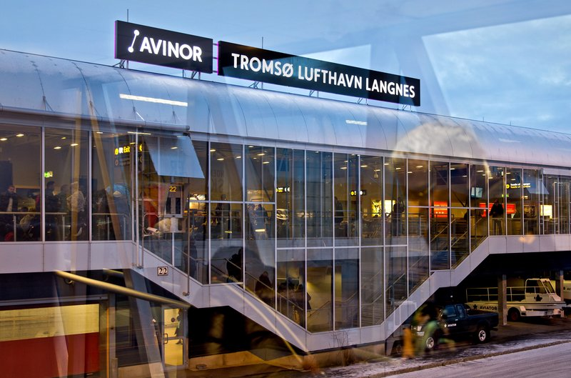 large_Troms__Airport_2.jpg