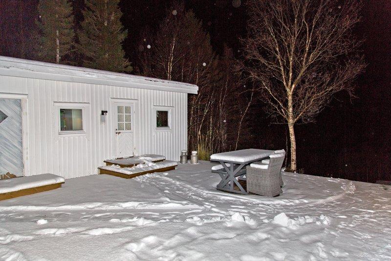 large_Troms__Apartments_18.jpg