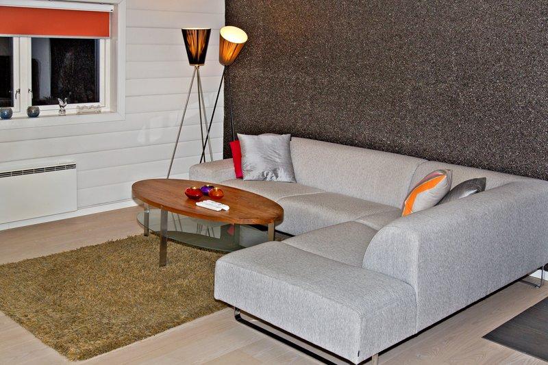 large_Troms__Apartments_6.jpg