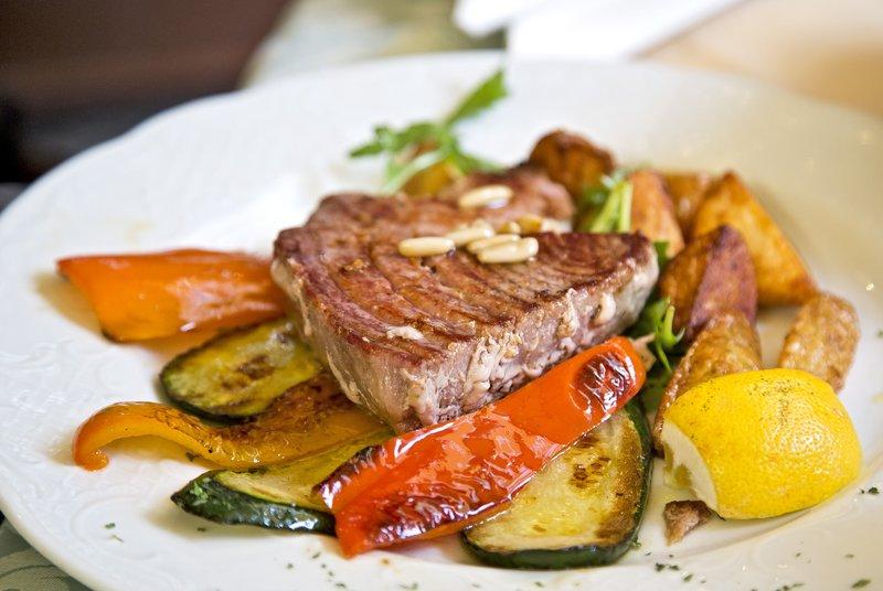 large_Tuna_Steak.jpg