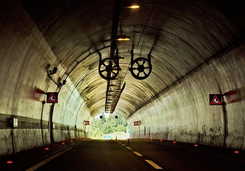 large_Tunnel_3.jpg