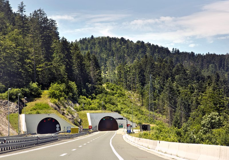 large_Tunnel_4.jpg