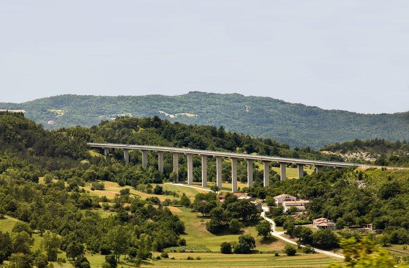 large_Viaduct_2.jpg