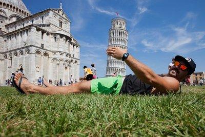 Towering penis.. uh.. Pisa!
