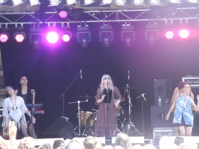 Austra in action!