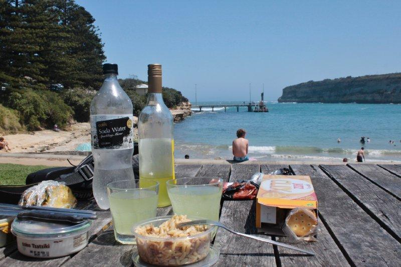 De vele baaien langs de Great Ocean Road zijn ideale picknickplekken!