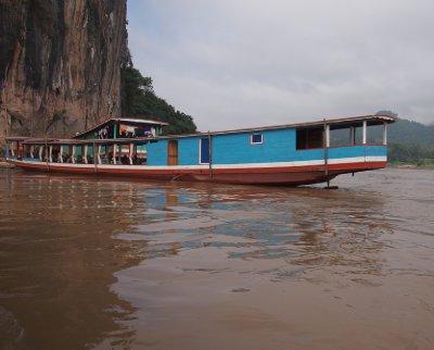 Boat to Pak Ou