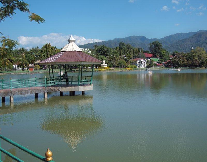 Jong Kham lake