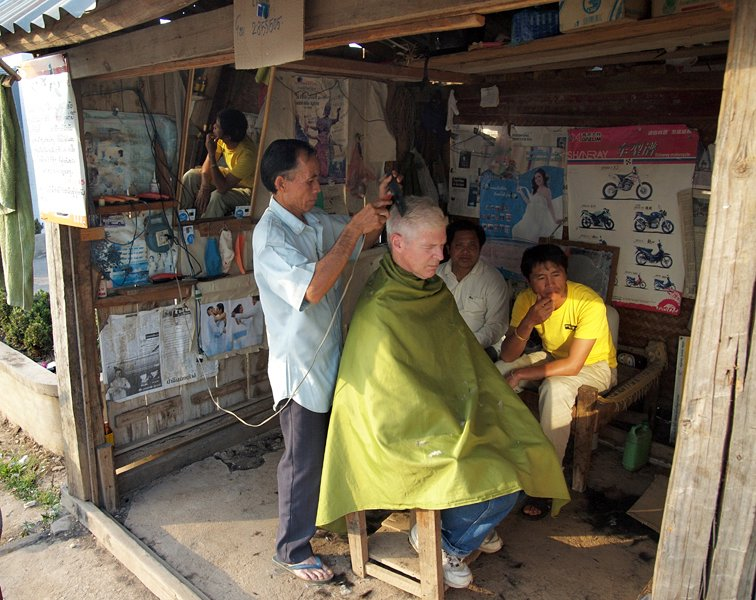 Haircut by Phonsavon Barber