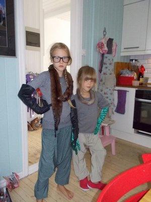 """Kos - """"Vi er to små fiiiine damer..."""""""
