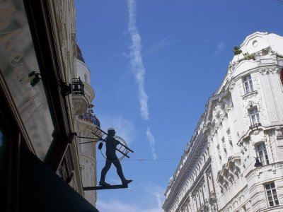 AUSTRIA_VIENNA_1st district - chimney sweep & vertical cloud