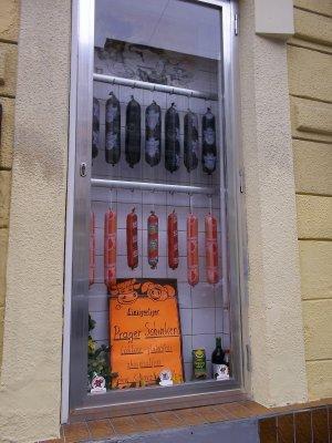 AU_Vienna door (18, Gentzgasse)
