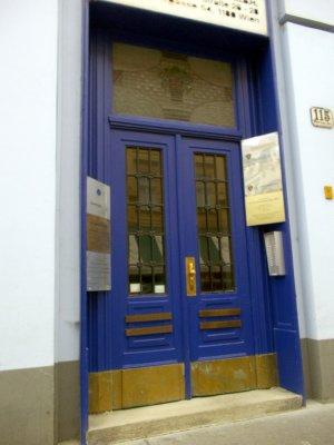 AU_Vienna door (18, Wahringer Str)