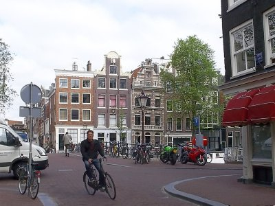 NL_morning bicycle ride (Amsterdam)