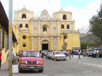 GUATEMALA - Antigua - yellow church