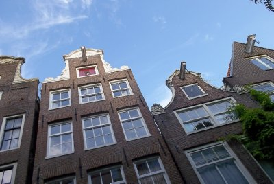 NL_looking up (Jordaan, Amsterdam)