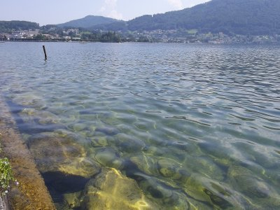 AU_cristal water of Gmunden lake
