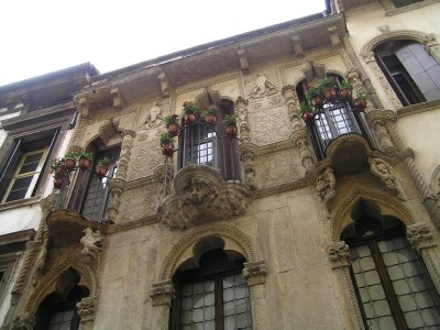 ITALY_Vicenza balconies
