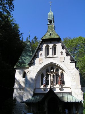 AU_Semmering church