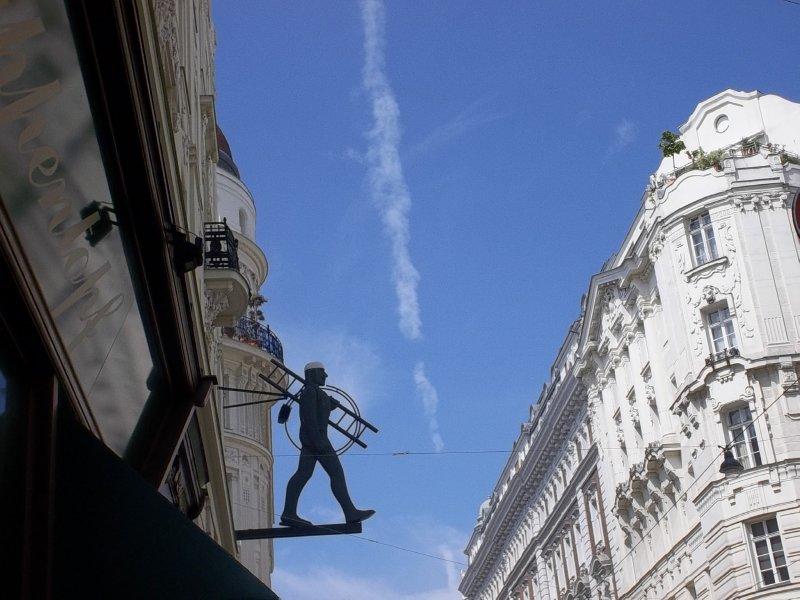 AUSTRIA_VIENNA_1st district - chimney sweep & vertical cloud