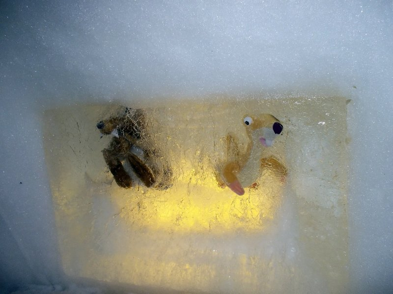 AU_Decoration of iglu on Fulseck slop (Dorfgastein)