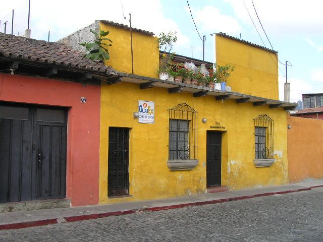 GUATEMALA - Antigua - street