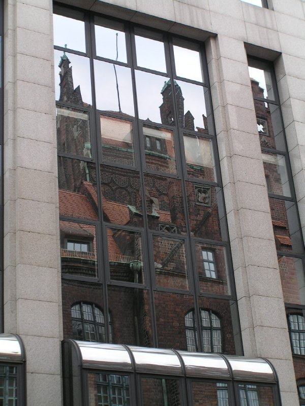 GERMANY_Munich mirroring window