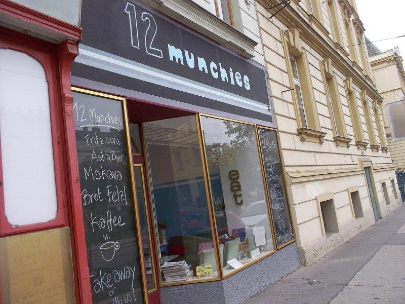 """AU_Vienna - """"12 Munchies"""" in 18th district"""