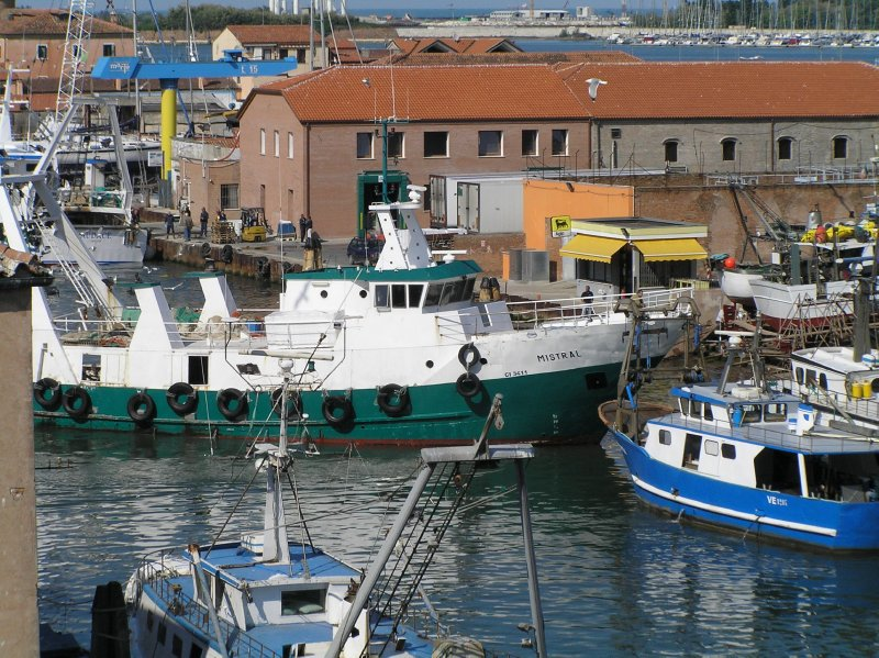 ITALY_Chioggia - water traffic
