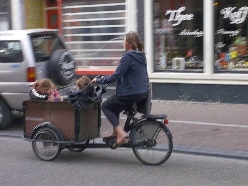 NL_Getting the child to kindergarden (Amsterdam)