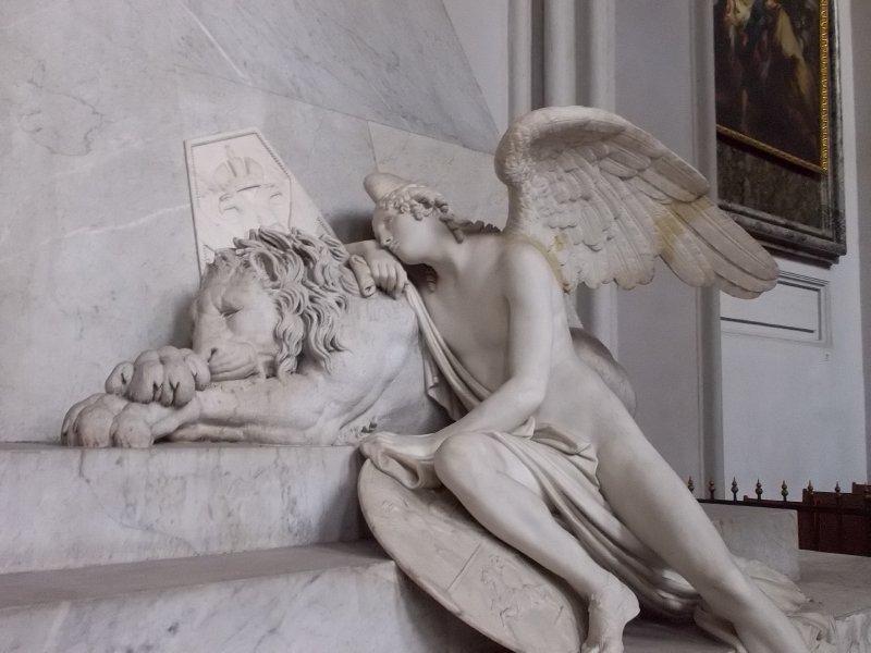 AU_Vienna_Angel with lion in Augustinerkirche