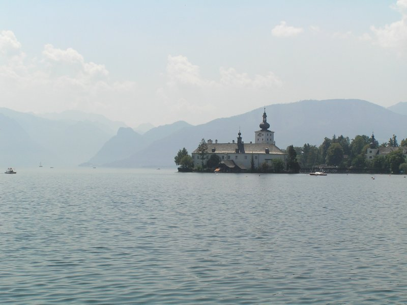 AU_lake and SeeSchloss Ort in Gmunden