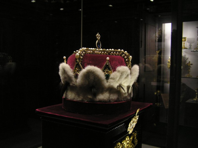 AU_Hungarian Crown in Stift Klosterneuburg