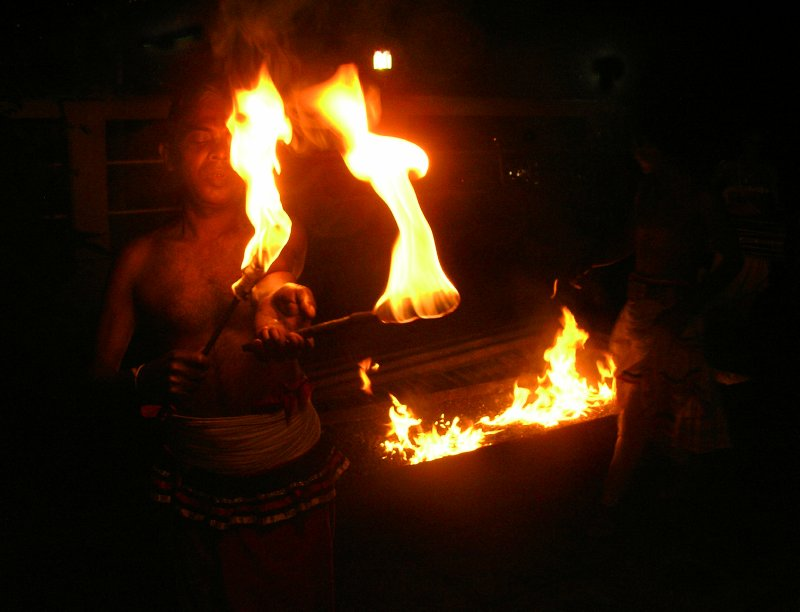 Sri Lanka_fire-work