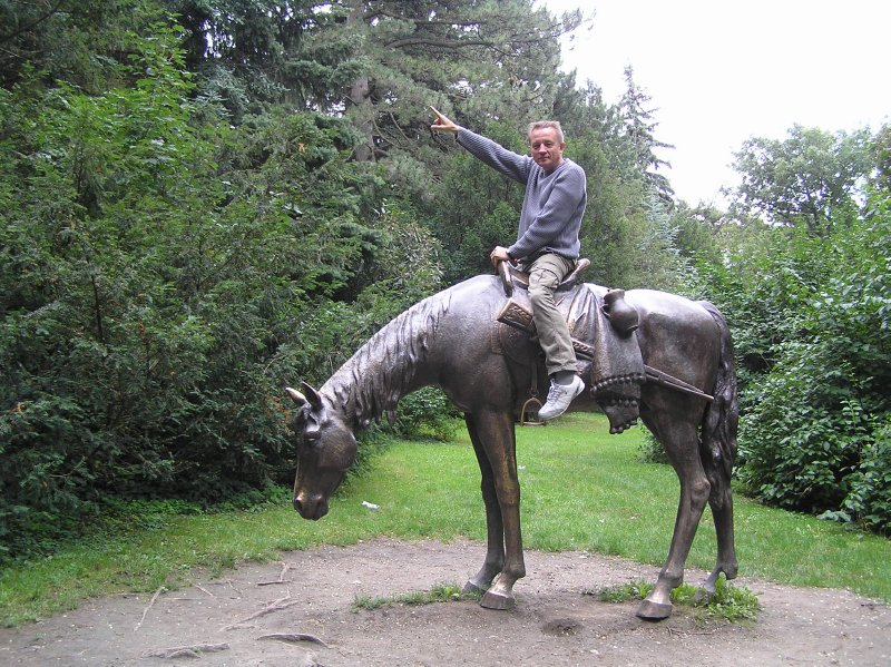 AU_Vienna - Andre on the horse (Turkensatzpark)