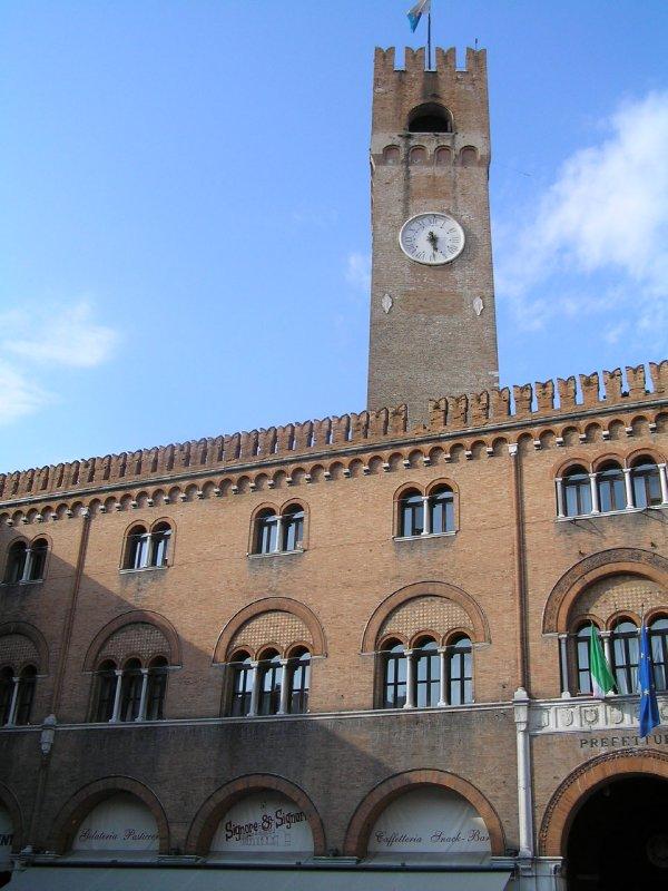 ITALY_Treviso -  Torre del Comune and Piazza dei Signori