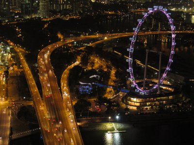 Singapore's famous ferris wheel: The Singapore Flyer