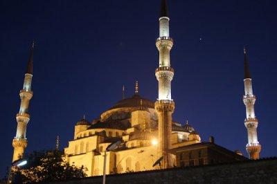 Around_the_Mosque3.jpg