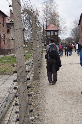 Auschwitz14.jpg
