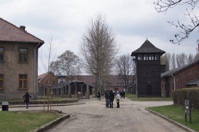 Auschwitz18.jpg