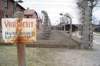 Auschwitz27