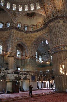Blue_Mosque_Interior3.jpg