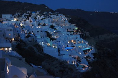 Oia by night2