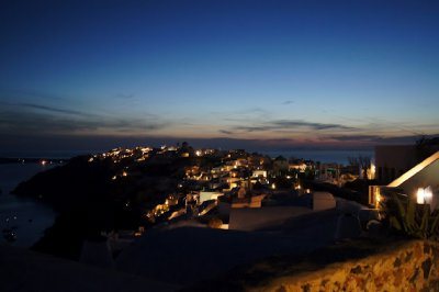 Oia by night3