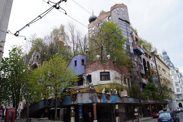 large_1Hundertwasserhaus.jpg