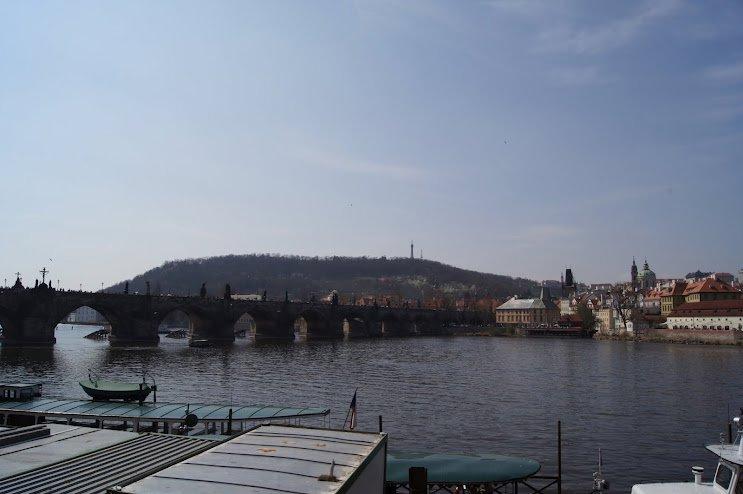 large_Charles_Bridge.jpg