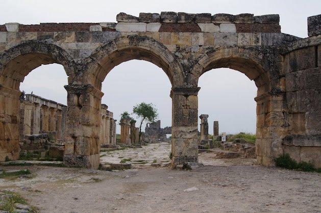 large_Hierapolis6.jpg