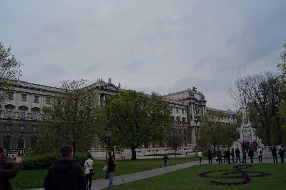 large_Hofburg2.jpg