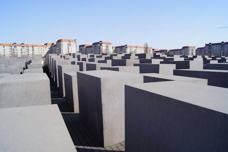 large_Holocaust_Memorial2.jpg