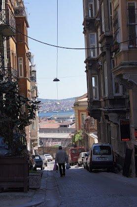 large_Istanbul_streets3.jpg